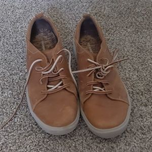 Merrell Around Town Lace Up Shoe in Brown Sugar